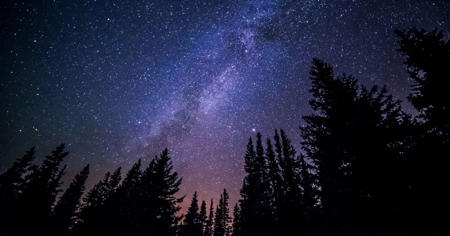 6 Amazing Places to Stargaze in Canada